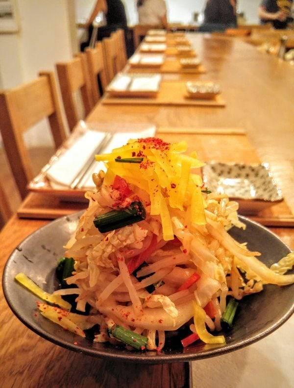 Mandoobar_Salade_restaurant