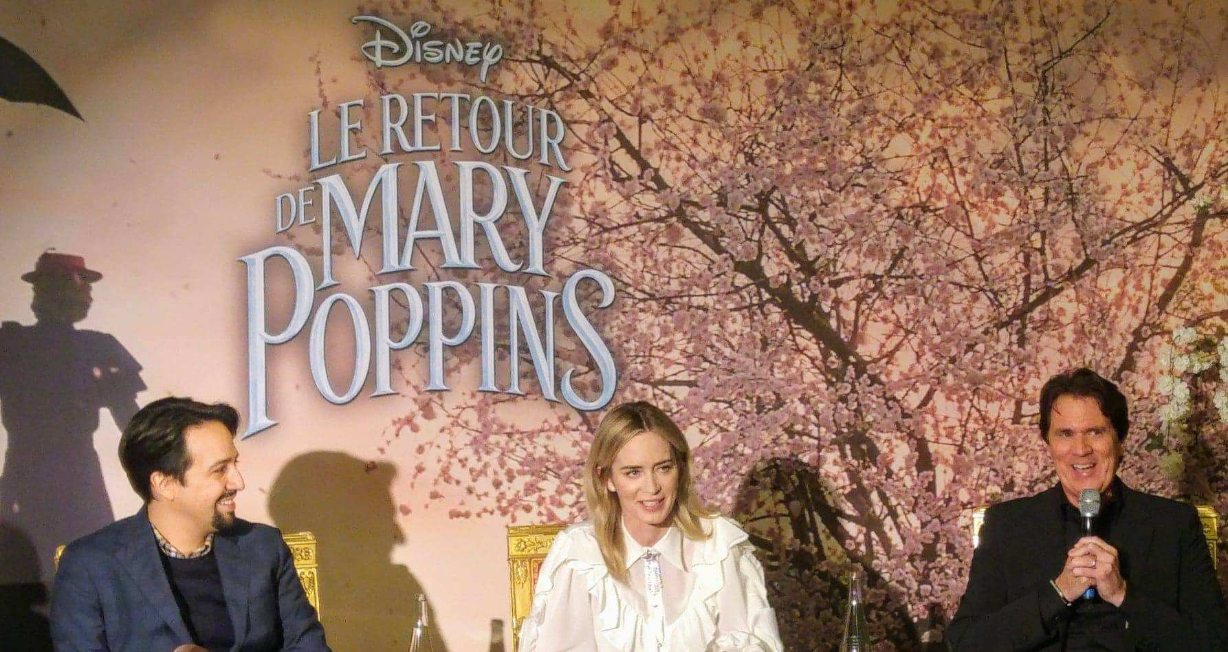 L'attribut alt de cette image est vide, son nom de fichier est Conférence-de-presse-Retour-de-Mary-Poppins.jpg.